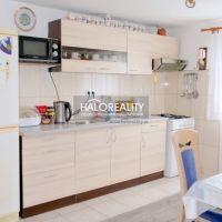 Rodinný dom, Čáry, 90 m², Kompletná rekonštrukcia