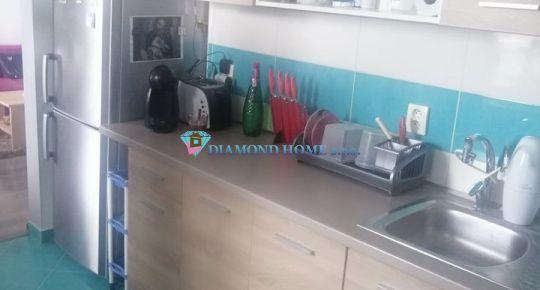 DIAMOND HOME s.r.o. -Alžbeta Horváthová výhradne ponúka Vám na predaj veľkometrážny 2 izbový byt kúsok od centra Dunajskej Stredy