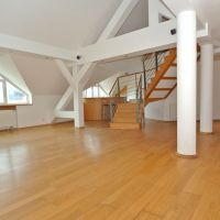 5 a viac izbový byt, Bratislava-Staré Mesto, 164 m², Kompletná rekonštrukcia