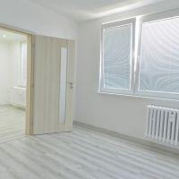 2 izbový byt, Žiar nad Hronom, 67 m², Kompletná rekonštrukcia