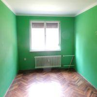 3 izbový byt, Levice, 64 m², Čiastočná rekonštrukcia