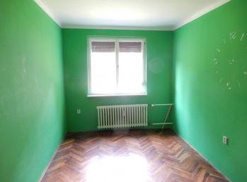 3 izbový byt, Želiezovce, Levice