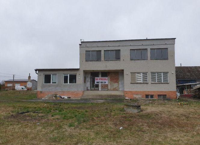Rodinný dom - Fiľakovské Kováče - Fotografia 1
