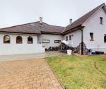 Rodinná vila, nadštandardná rekonštrukcia, pozemok 1057 m2 + potravinársky sklad, Nové Mesto nad Váhom / Dolné Samoty