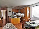 PRENÁJOM: zariadený nadštandardný 3i byt v novostavbe s pekným výhľadom, 2 lodžiami a parkovacím miestom, BA III - Nové Mesto, 75 m2