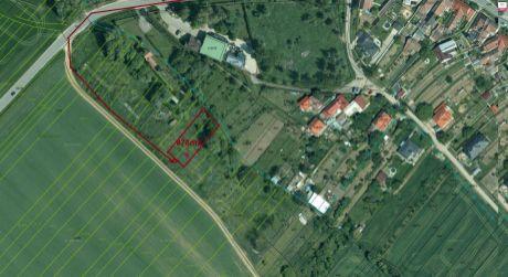 Pozemok v Ružindole je na predaj- 878m2