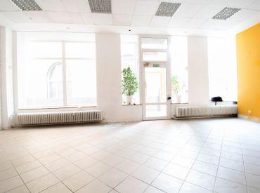 Na prenájom obchodný priestor, 105 m², Dulovo nám., v blízkosti AS Nivy, voľné ihneď