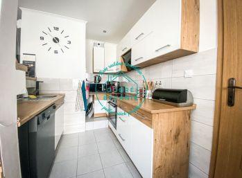 ZNÍŽENÁ CENA!!!! Na predaj 3 izbový byt po kompletnej rekonštrukcii v meste Komárno