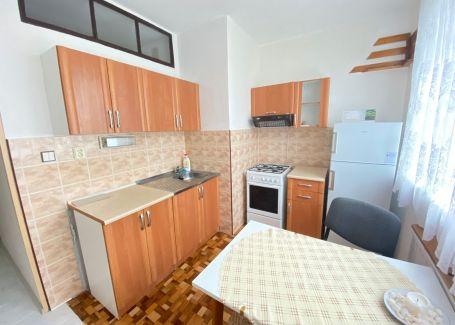 3 izb. byt s balkónom na prenájom, Ludvíka Svobodu