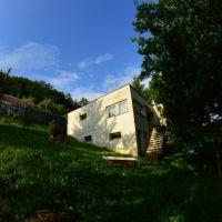 Pre rodinné domy, Pernek, 2029 m²