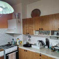 3 izbový byt, Nová Baňa, 88 m², Čiastočná rekonštrukcia