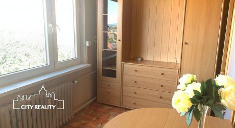 MAKLÉR ODPORÚČA !!! 3-izb byt s loggiou, Nábrežie sv. Cyrila, 66m2, 6/7 p.