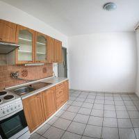 1 izbový byt, Vráble, 35 m², Čiastočná rekonštrukcia