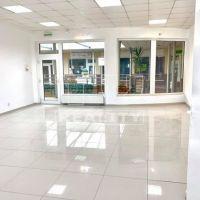 Obchodné, Topoľčany, 55 m², Kompletná rekonštrukcia