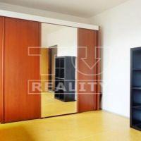 2 izbový byt, Nové Zámky, 65 m², Čiastočná rekonštrukcia