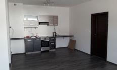 NEZARIADENÝ 2 izb. byt v NOVOSTAVBE, parkovacie státie - Starorímska ulica, Rusovce