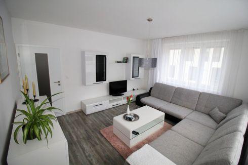 Luxusný prenájom 2-izbového bytu v centre mesta