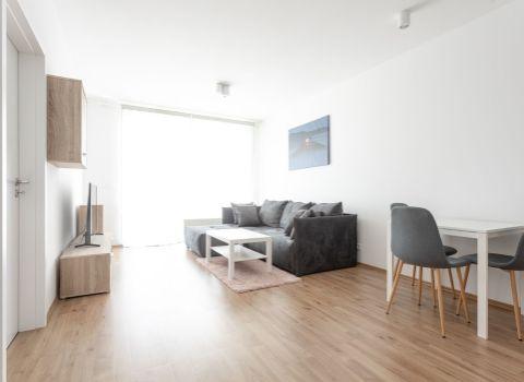 Na prenájom 2 izbový byt v novostavbe Nový Ružinov s parkovacím miestom
