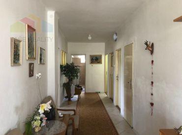 EXKLUZÍVNA PONUKA - Rodinný dom 4 +1, Melčice - Lieskové, Dolina, pozemok 1500 m2