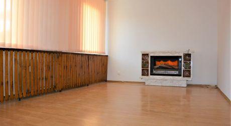 Znížená cena! Ponúkame na predaj 4 izbový byt, 82 m2, Morovnianská cesta, Handlová