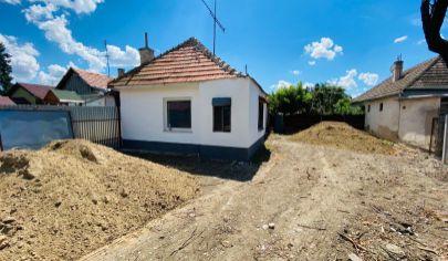 Exkluzívne APEX reality rodinný dom v tichej časti obce Madunice, pozemok 345, pôvodný stav
