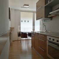 2 izbový byt, Levice, 61 m², Kompletná rekonštrukcia
