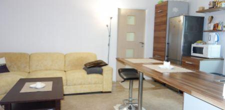 Na prenájom 2 izbový tehlový byt na Kukučínovej ulici, Trenčín