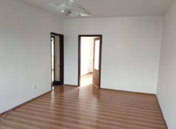 Okamžite voľný !!!!! Priestranný 4 izb. byt 84 m2 - Pezinok, sídl. Muškát