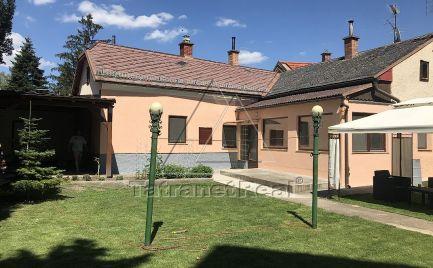 Rodinný dom v centre Hainburgu, tiché prostredie,15 min. od Bratislavy