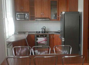 BA II. Ružinov - 3 izbový zariadený byt na Mraziarenskej ulici