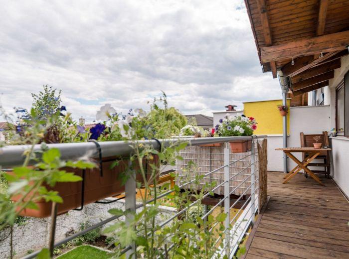 KOŠARISKÁ, 3-i byt, 108 m2 - KÚSOK OD JAZIER, klimatizácia, TEHLA, vlastný KOTOL a SLNEČNÉ KOLEKTORY