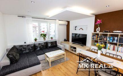 Znížená cena - 3.izbový byt centrum Malacky