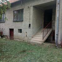 Rodinný dom, Bátorová, 3200 m², Čiastočná rekonštrukcia
