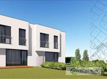 Stavebný pozemok na Ahojke-Koliba 511m2  + zahradný domček