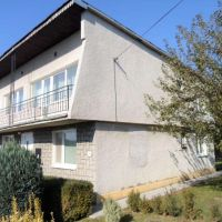 Rodinný dom, Cernina, 200 m², Čiastočná rekonštrukcia