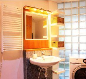 3 izb. byt, Petržalka, ul.Hálova, kompletná rekonštrukcia, vyhľadávaná lokalita