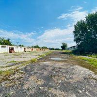 Priemyselný pozemok, Šurany, 9340 m²