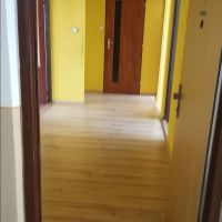 3 izbový byt, Levice, 76 m², Čiastočná rekonštrukcia