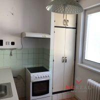 3 izbový byt, Bošany, 57 m², Pôvodný stav