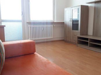 Pezinok - 3 izb. byt na sídl. Muškát / 2 loggie - z obývačky a z kuchyne /