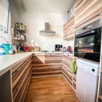 4 izbový byt, Nové Zámky, 81 m², Kompletná rekonštrukcia