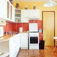 2 izbový byt, Nové Zámky, 68 m², Čiastočná rekonštrukcia