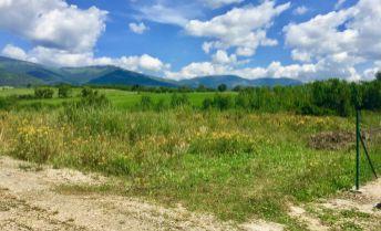 PREDAJ: Slnečný, rovinatý pozemok (761m2) v rezidenčno-rekreačnom areáli na Polomke