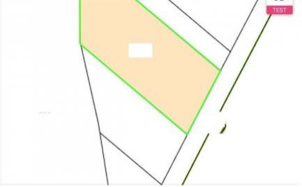 Skalka nad Váhom - pozemok - 829 m2
