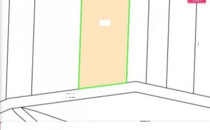 Skalka nad Váhom - pozemok 908 m2