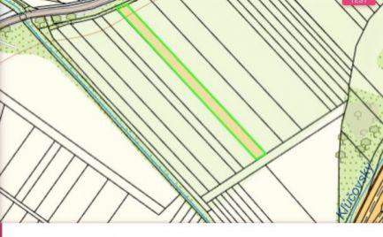 Skalka nad Váhom - pozemok na predaj - 1555 m2