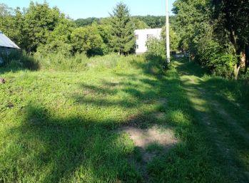 TOČNICA, stavebný pozemok, 1046 m 2 – všetky prípojky na pozemku,PRIPRAVENÝ NA VÝSTAVBU rodinného domu