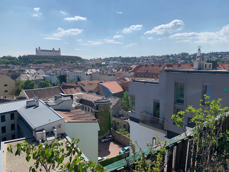 Iný-Predaj-Bratislava - mestská časť Staré Mesto-310000.00 €