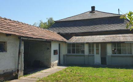 GEMINIBROKER Vám ponúka rodinný dom v pôvodnom, ale vo výbornom stave v obci Hidasnémeti