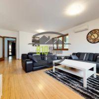4 izbový byt, Bratislava-Staré Mesto, 141 m², Kompletná rekonštrukcia